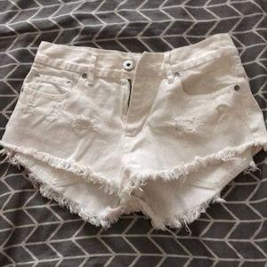Bullhead white high rise shorts